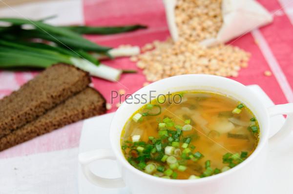 Вкусный домашний гороховый суп