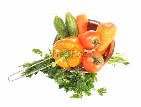 Фотография на тему Овощи в металлическом дуршлаге