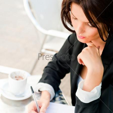 Портрет деловой женщины