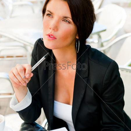 Молодая бизнес-леди
