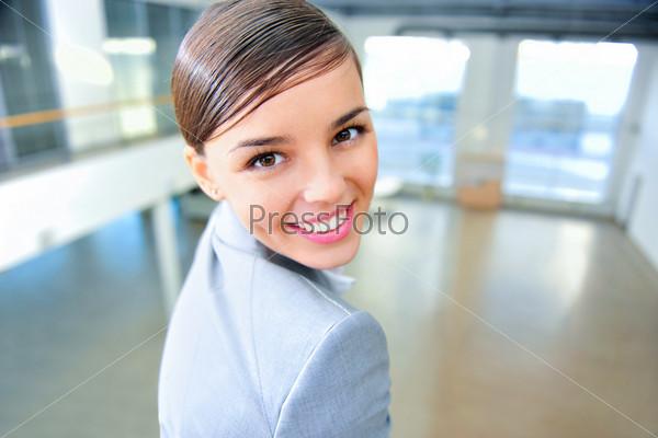 Фотография на тему Молодая бизнес-леди