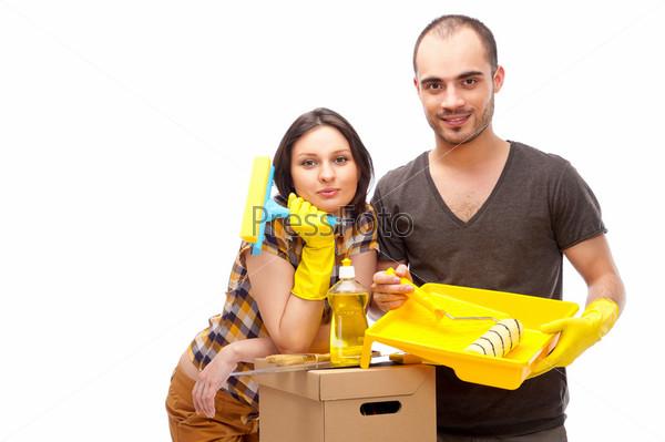 Пара готовится к ремонту дома