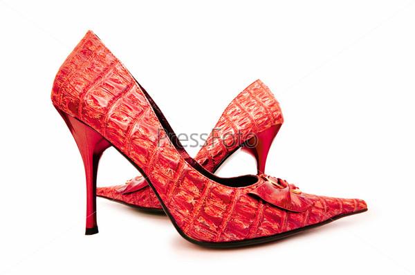 Красные женские туфли, концепция моды