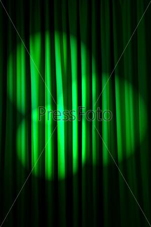 Фотография на тему Ярко освещенный занавес