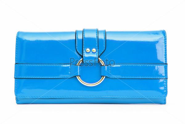 Голубой женский кошелек на белом фоне