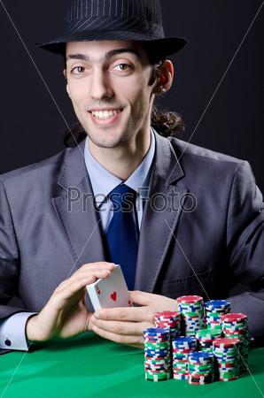 Мужчина в казино