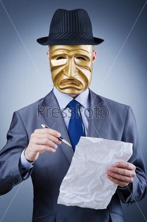 Предприниматель с маской