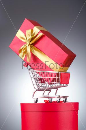 Фотография на тему Подарки в корзине для покупок