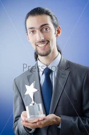 Бизнесмен награжден орденом звезды