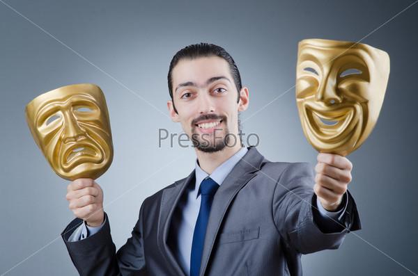 Предприниматель с масками