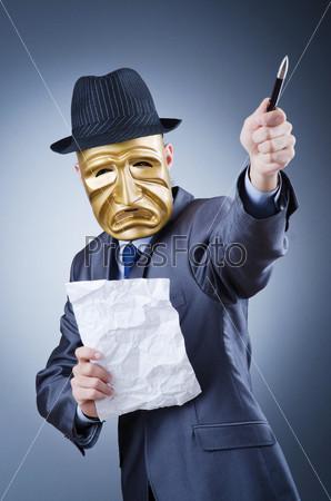Предприниматель в маске