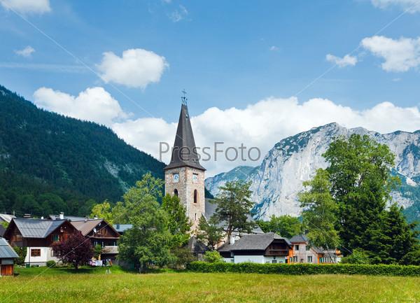 Село в Альпийских горах
