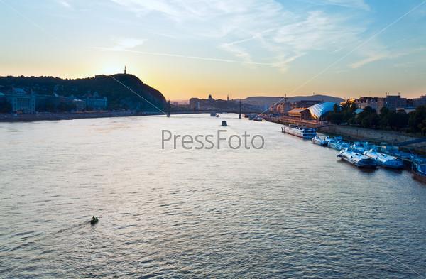 Река Дунай, Будапешт, вечер