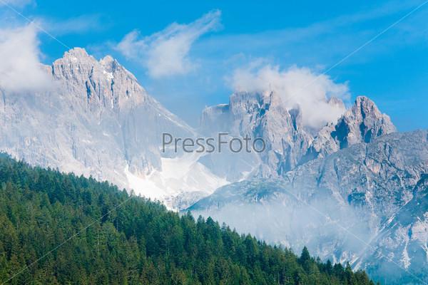 Горный массив Доломиты на северо-востоке Италии, Восточные Альпы