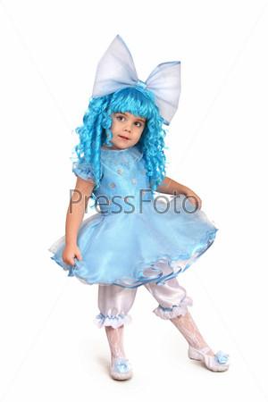 Фотография на тему Маленькая девочка в костюме Мальвины белом фоне