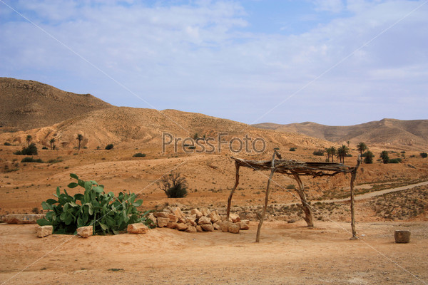 В пустыне, Тунис