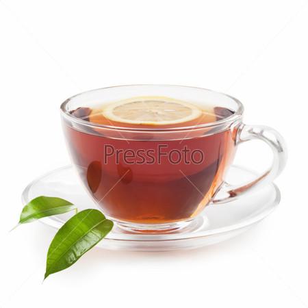 Горячий черный чай с лимоном