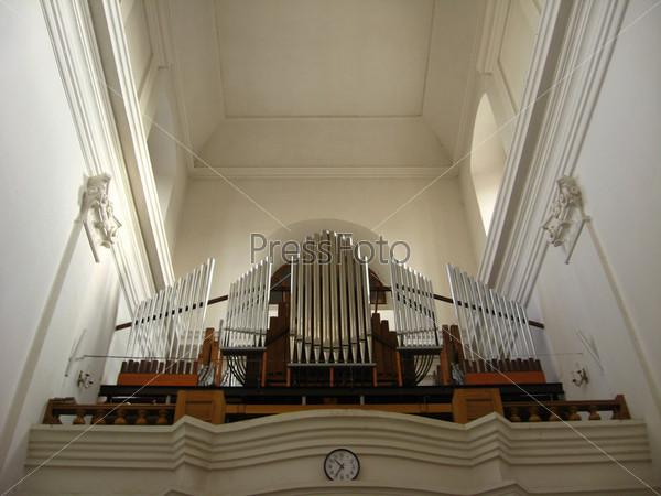 Орган в католической церкви