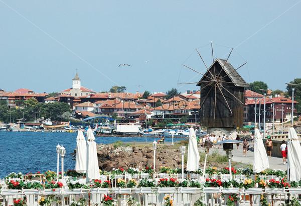 Несебыр или Несебр - знаменитый болгарский полуостров и популярный туристический курорт
