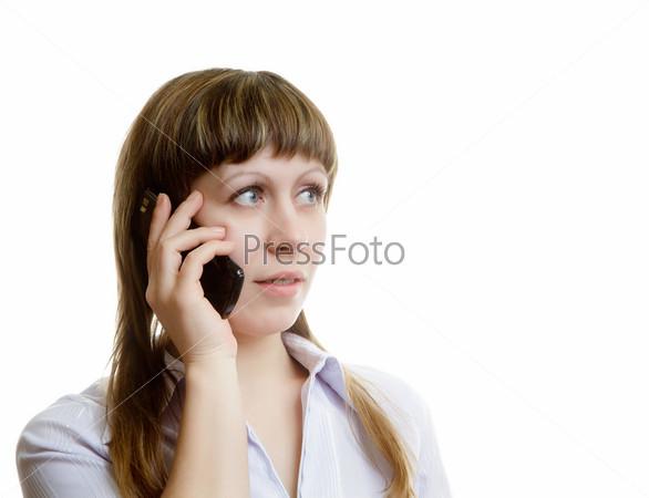 Фотография на тему Девушка общается по мобильному телефону