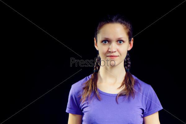 Фотография на тему Девушка с косичками на черном фоне