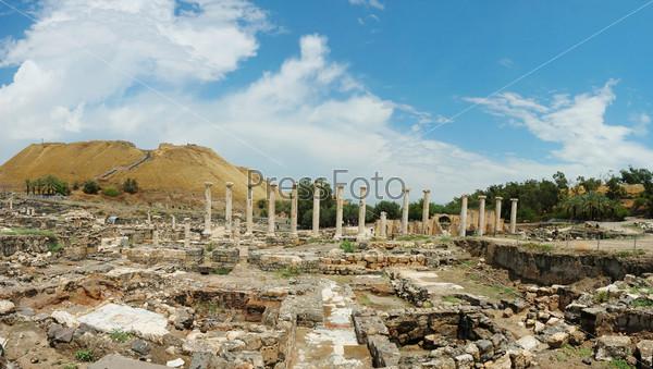 Развалины древнего города Бейт-Шеан, Израиль