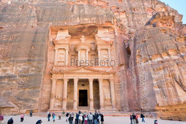 Казначейство в древнем городе Петра, Иордания