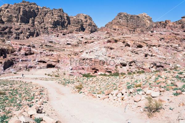 Пещеры и гробницы в древнем городе Петра, Иордания