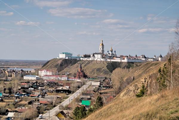 Фотография на тему Кремль и католическая церковь в Тобольске. Тюменская область. Россия