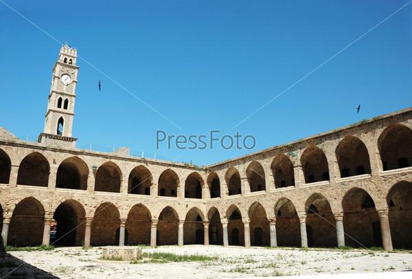 Памятник архитектуры времен Османской империи Хан Аль-Умдан в Акко, Израиль