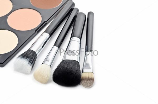 Профессиональные кисти для макияжа и косметика