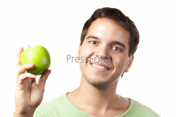 Портрет молодого человека с яблоком на белом фоне