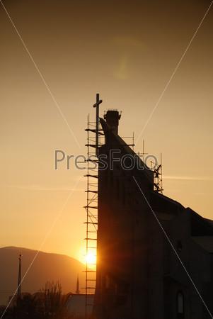 Строящаяся церковь