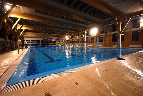 .indoor pool