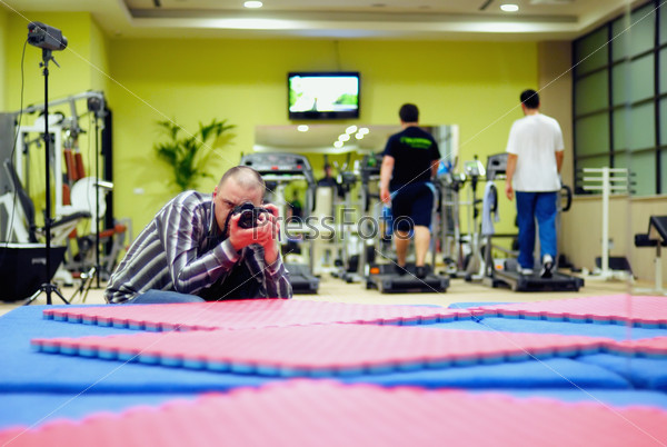 Фотограф в фитнес-клубе