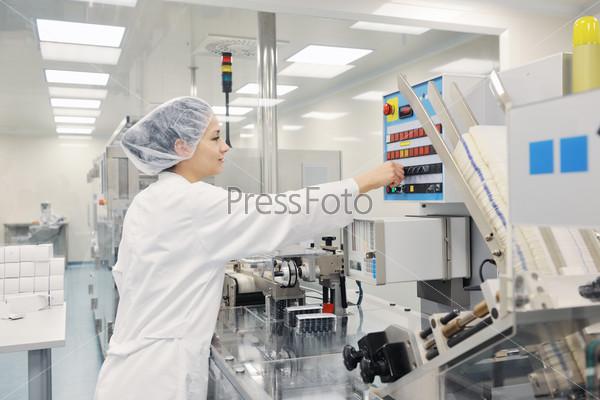 woman worker in pharmacy company
