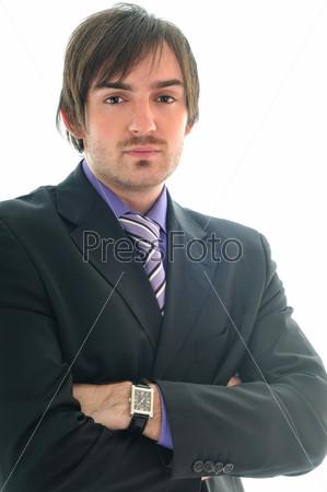 Молодой деловой мужчина в костюме и галстуке, изолирован на белом фоне