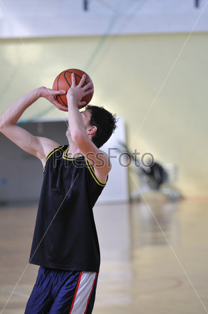 basketball man