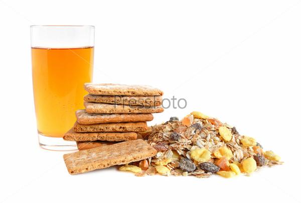 Apple juice, cracker and muesli