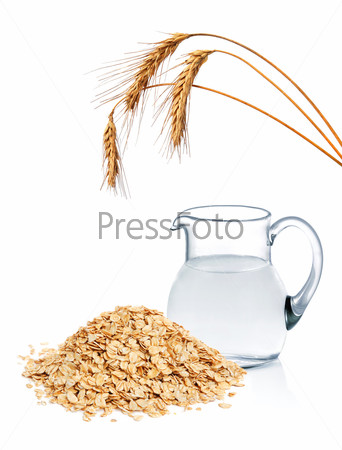 Cereal flakes and fresh water