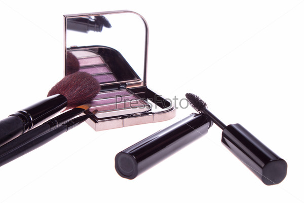 a set of makeup, eye shadow brush