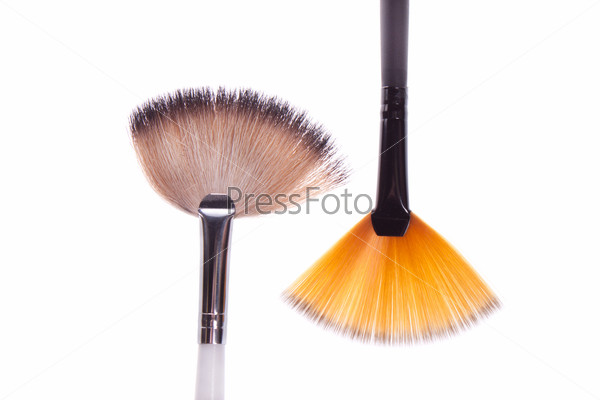 brush to white and black makeup