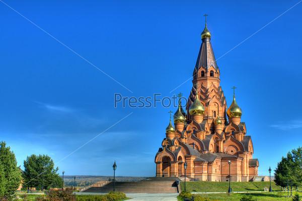 Крестовоздвиженский собор в городе Лесосибирске Красноярского края