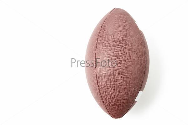 Мяч для американского футбола, белый фон