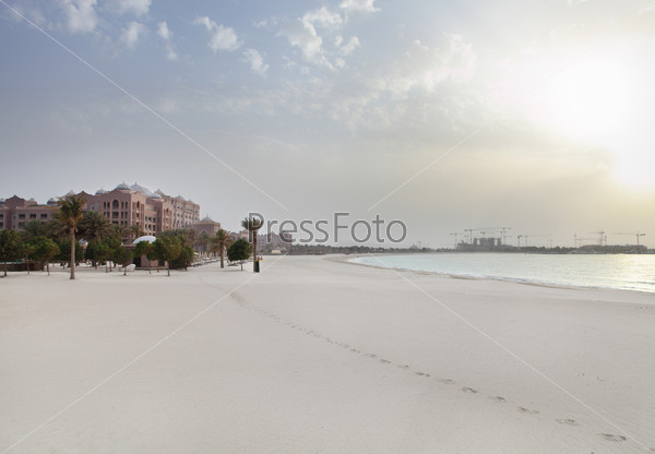Evening view to the Emirates Palace.