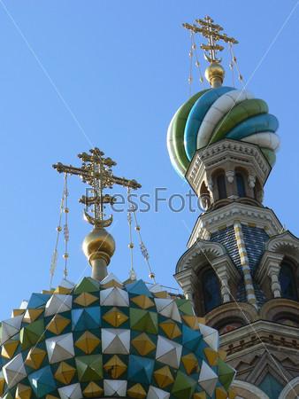 Купола Церкви Воскресения в Санкт-Петербурге