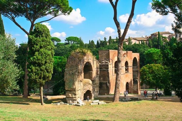 Развалины в Риме