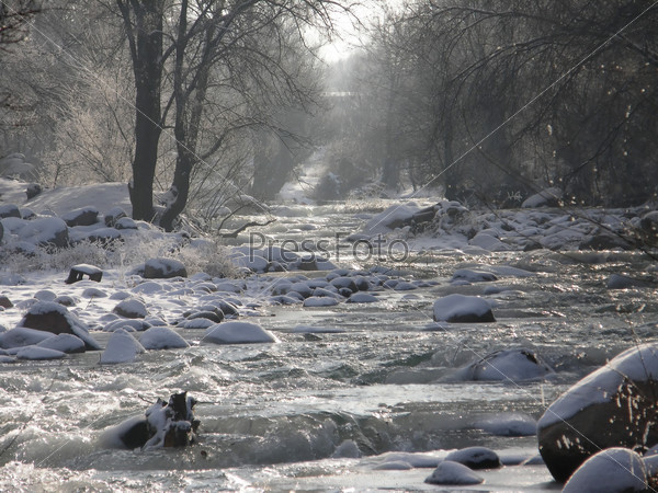 Река зимой - river in winter