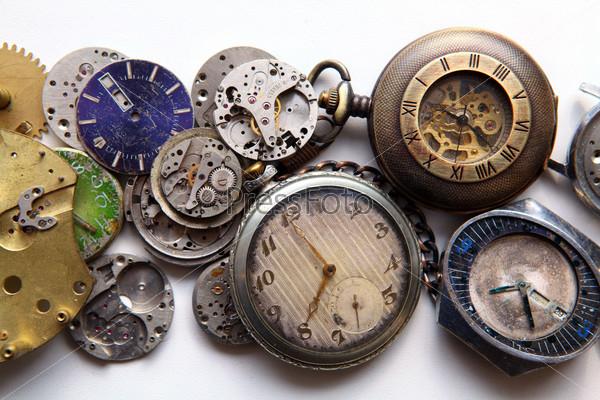 Реакция Твиттере фото кварцевых часов в древности производство!Читать