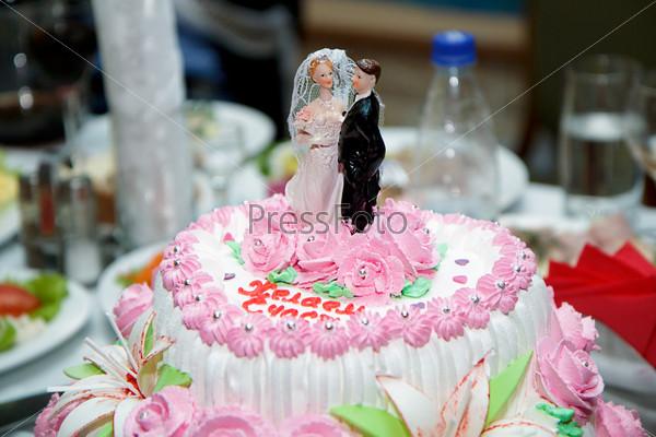 Торт с фигурками mmds картинки